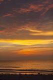 Alba sopra l'Oceano Atlantico in spiaggia del sud di Miami Fotografia Stock