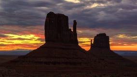 Alba sopra la valle iconica del monumento, Arizona Fotografie Stock