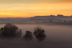 Alba sopra le alpi bavaresi, Germania Fotografie Stock Libere da Diritti