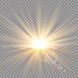 Alba sopra le montagne, alba Luce solare trasparente di vettore Effetto della luce speciale del chiarore della lente fotografia stock