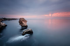 Alba sopra le rocce di Tylenovo Immagini Stock Libere da Diritti