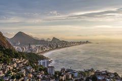 Alba sopra Rio de Janeiro fotografia stock libera da diritti