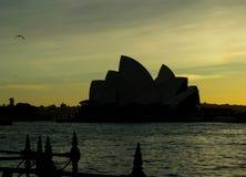 Alba sopra Sydney Harbour fotografia stock libera da diritti