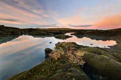 Alba stupefacente nel lago iceland Fotografie Stock Libere da Diritti