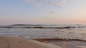 Alba su una spiaggia baltica nordica 4k UHD archivi video