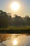 alba sul fiume Fotografie Stock Libere da Diritti