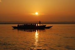 Alba sul fiume di Ganga Fotografia Stock Libera da Diritti