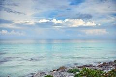 Alba sul mar dei Caraibi Immagini Stock Libere da Diritti