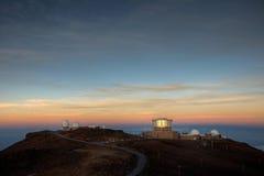 Alba sulla città di scienza Fotografie Stock