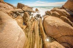 alba sulla spiaggia di Cothanh, esposizione le onde Fotografia Stock Libera da Diritti