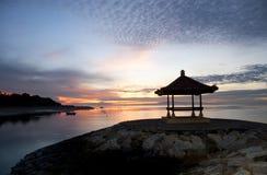 Alba sulla spiaggia di Sanur, Bali Immagine Stock Libera da Diritti