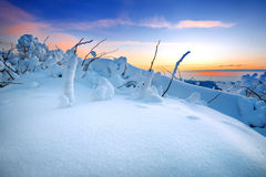Alba sulle montagne di Deogyusan coperte di neve nell'inverno, Corea Fotografie Stock Libere da Diritti