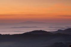 Alba toscana, Montepulciano, Italia fotografie stock