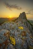 Alba in un'alta valle della scogliera Immagini Stock Libere da Diritti