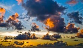 Alba un giorno nuvoloso Fotografia Stock Libera da Diritti