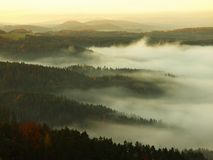 Alba in una bella montagna della Ceco-Sassonia Svizzera Immagini Stock Libere da Diritti