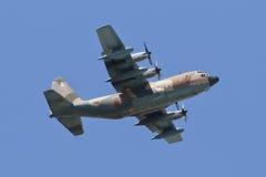 ALBACETE, ΙΣΠΑΝΙΑ - 11 ΑΠΡΙΛΊΟΥ: Στρατιωτικό πολεμικό τζετ κατά τη διάρκεια της επίδειξης στην αεροπορική βάση του Albacete, Los L Στοκ φωτογραφία με δικαίωμα ελεύθερης χρήσης