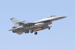 ALBACETE HISZPANIA, KWIECIEŃ, - 11: Militarny myśliwiec podczas demonstraci w Albacete bazie powietrznej, Los Llanos na Kwietniu 1 zdjęcie royalty free