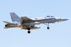 ALBACETE, SPAGNA - 11 APRILE: Aereo da caccia militare durante la dimostrazione nella base aerea di Albacete, Los Llanos (TLP) l'1 Fotografie Stock Libere da Diritti