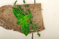 Albahaca y tomillo del pan Fotografía de archivo libre de regalías