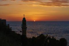 AlBahr清真寺在日落期间的海清真寺 库存照片