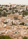 Albaicin van Granada dat van het Alhambra paleis wordt gezien Royalty-vrije Stock Afbeelding