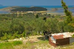 Albanese kleurrijke kust Europa stock afbeeldingen