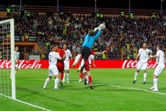 Albania defiende contra Rumania Foto de archivo
