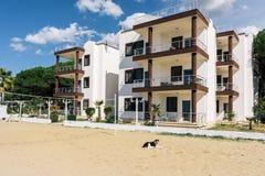Albania Domy hotelowy pisać na maszynie wewnątrz kurort Golem Obraz Royalty Free