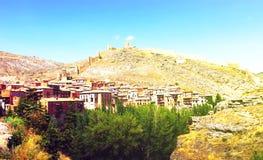 Albarracin全视图在夏天 免版税库存图片