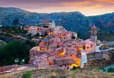Albarracin晚上视图  库存图片