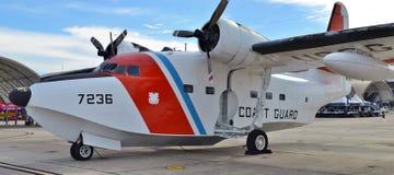 Albatros-Überwachungsflugzeug der Küstenwache-HU-16E Lizenzfreies Stockfoto