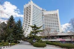 Albena Bulgarien - APRIL 23: Dobrudja hotell på April 23, 2013 i Albena, Bulgarien Dobrudja är ett hotell för 4 stjärna som place Royaltyfri Fotografi