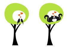 Alberi con gli uccelli e gli scoiattoli, vettore Immagine Stock