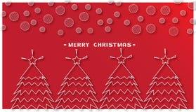 Alberi di Natale e fiocco di neve rotondo su fondo rosso Fotografie Stock