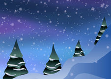 Alberi di Natale sui precedenti di neve Immagine Stock