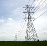 Alberino ad alta tensione elettrico di potenza. Fotografie Stock Libere da Diritti