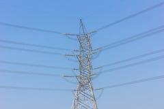 Alberino ad alta tensione elettrico di potenza Immagini Stock