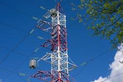 Albero ad alta tensione della molla e della torre Fotografie Stock