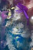 Albero con i giocattoli di Natale Fotografie Stock Libere da Diritti