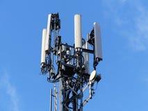 Albero del telefono cellulare M25 dall'autostrada, Rickmansworth immagine stock libera da diritti