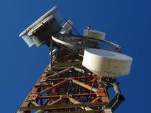 Albero della torretta di antenna fotografia stock libera da diritti