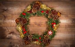 Albero di abete di festa della corona di Natale Toy Berries Gift Magic Decor C fotografia stock