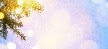 Albero di Art Christmas e luce di feste fotografie stock libere da diritti