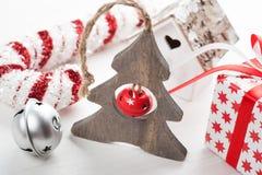Albero di legno di Natale con la campana Fotografia Stock Libera da Diritti