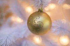 Albero di Natale bianco Fotografie Stock Libere da Diritti