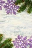Albero di Natale con i fiocchi di neve Immagine Stock