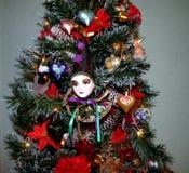 Albero di Natale con il fronte del pagliaccio Fotografia Stock Libera da Diritti