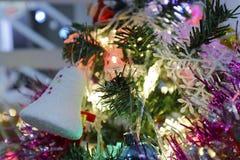Albero di Natale con la campana e la lampada Immagine Stock Libera da Diritti