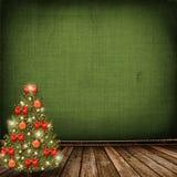 Albero di Natale con le sfere e gli archi Immagine Stock